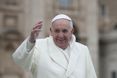 Ο παπάς Francis ευλογεί πιστό Στοκ φωτογραφίες με δικαίωμα ελεύθερης χρήσης