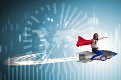 Ο πετώντας πύραυλος μικρών κοριτσιών στην έννοια superhero Στοκ φωτογραφίες με δικαίωμα ελεύθερης χρήσης