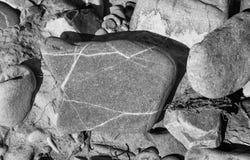 ο ποταμός λικνίζει το ύδωρ πετρών Στοκ Φωτογραφίες
