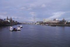 Ο ποταμός και οι θέες - Λονδίνο Στοκ Εικόνα