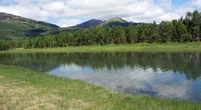 Ο ποταμός και ο ουρανός Στοκ εικόνες με δικαίωμα ελεύθερης χρήσης