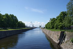 Ο ποταμός στο πάρκο Στοκ φωτογραφία με δικαίωμα ελεύθερης χρήσης