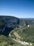 Ο ποταμός του φαραγγιού Ardeche στη Γαλλία Στοκ Εικόνες