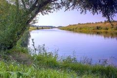 Ο ποταμός φορά Στοκ φωτογραφίες με δικαίωμα ελεύθερης χρήσης