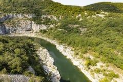 Ο ποταμός Ardeche στη νότια Γαλλία, Ευρώπη Στοκ φωτογραφία με δικαίωμα ελεύθερης χρήσης