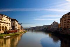 Ο ποταμός Arno της Φλωρεντίας Στοκ εικόνα με δικαίωμα ελεύθερης χρήσης