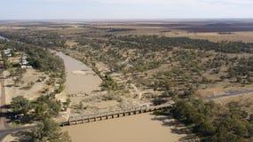 Ο ποταμός Balonne και η πόλη του ST George στοκ εικόνα