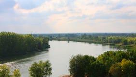Ο ποταμός Chagan, εισροή του ποταμού Ural, πόλη Uralsk Στοκ εικόνα με δικαίωμα ελεύθερης χρήσης