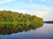 Ο ποταμός Chagan, εισροή του ποταμού Ural, πόλη Uralsk Στοκ Εικόνες