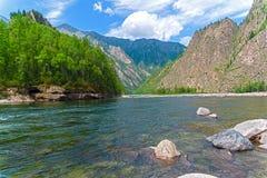 Ο ποταμός Oka Sayanskaya Σιβηρία, Ρωσία στοκ φωτογραφίες