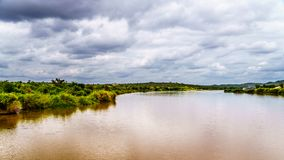 Ο ποταμός Olifants κοντά στο εθνικό πάρκο Kruger στη Νότια Αφρική στοκ φωτογραφία