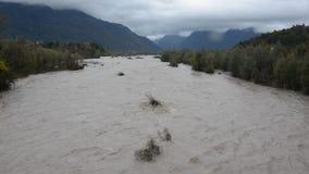 Ο ποταμός Piave, μετά από τις δυνατές βροχές φιλμ μικρού μήκους