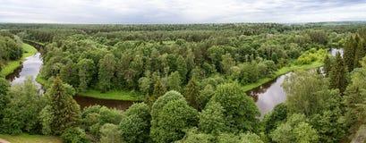 Ο ποταμός Sventoji σε Anyksciai, εναέριο πανόραμα της Λιθουανίας Στοκ Εικόνα