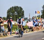 Ο ποδηλάτης Nairo Αλέξανδρος Quintana Rojas- άσπρο Τζέρσεϋ Στοκ Φωτογραφίες