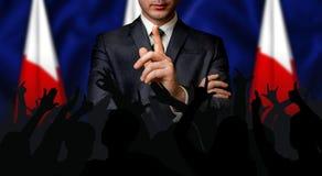 Ο πολωνικός υποψήφιος μιλά στο πλήθος ανθρώπων στοκ φωτογραφίες