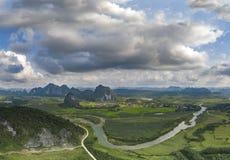 Ο πράσινος τομέας στον ανώτερο ποταμό Gianh στοκ φωτογραφία με δικαίωμα ελεύθερης χρήσης