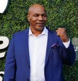 Ο προηγούμενος εγκιβωτίζοντας πρωτοπόρος Mike Tyson παρευρίσκεται στην ανοικτή τελετή έναρξης 2018 ΗΠΑ στοκ εικόνα με δικαίωμα ελεύθερης χρήσης