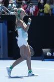 Ο πρωτοπόρος Βικτώρια Azarenka του Grand Slam της Λευκορωσίας γιορτάζει τη νίκη αφότου ανοίγει η στρογγυλή αντιστοιχία 4 σε Αυστρ Στοκ Φωτογραφίες