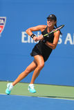 Ο πρωτοπόρος Ana Ivanovic του Grand Slam από τη Σερβία κατά τη διάρκεια των ΗΠΑ ανοίγει την πρώτη στρογγυλή αντιστοιχία του 2014 Στοκ φωτογραφίες με δικαίωμα ελεύθερης χρήσης