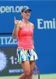 Ο πρωτοπόρος Angelique Kerber του Grand Slam της Γερμανίας γιορτάζει τη νίκη αφότου ανοίγει η αντιστοιχία προημιτελικού της στις  Στοκ Εικόνες