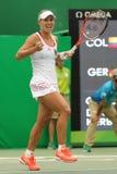 Ο πρωτοπόρος Angelique Kerber του Grand Slam της Γερμανίας γιορτάζει τη νίκη μετά από ξεχωρίζει την πρώτη στρογγυλή αντιστοιχία τ Στοκ Φωτογραφία
