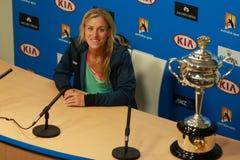 Ο πρωτοπόρος Angelique Kerber του Grand Slam της Γερμανίας κατά τη διάρκεια της συνέντευξης τύπου μετά από τη νίκη σε Αυστραλό αν Στοκ Εικόνες
