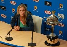 Ο πρωτοπόρος Angelique Kerber του Grand Slam της Γερμανίας κατά τη διάρκεια της συνέντευξης τύπου μετά από τη νίκη σε Αυστραλό αν Στοκ Εικόνα