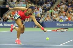 Ο πρωτοπόρος Angelique Kerber του Grand Slam της Γερμανίας στη δράση κατά τη διάρκεια της γύρω από την αντιστοιχία τέσσερα στις Η Στοκ φωτογραφία με δικαίωμα ελεύθερης χρήσης