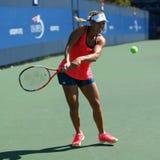 Ο πρωτοπόρος Angelique Kerber του Grand Slam των πρακτικών της Γερμανίας για τις ΗΠΑ ανοίγει το 2016 Στοκ φωτογραφίες με δικαίωμα ελεύθερης χρήσης