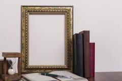 ο πρόσθετος eps πλίθας χρυσός εικονογράφος πλαισίων μορφής περιλαμβάνει Στοκ φωτογραφίες με δικαίωμα ελεύθερης χρήσης