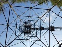 Ο πυλώνας cableway που συνδέει τις πόλεις Albino και Selvino στοκ φωτογραφία με δικαίωμα ελεύθερης χρήσης