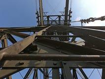 Ο πυλώνας cableway που συνδέει τις πόλεις Albino και Selvino στοκ εικόνα με δικαίωμα ελεύθερης χρήσης