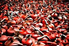 Ο πυροσβεστήρας χρησιμοποιούμενος Στοκ Φωτογραφία