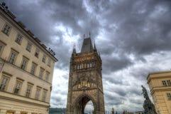 Ο πύργος γεφυρών του Charles στην Πράγα, Δημοκρατία της Τσεχίας Στοκ εικόνα με δικαίωμα ελεύθερης χρήσης