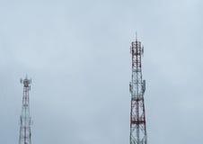 Ο πύργος επικοινωνίας στοκ εικόνα με δικαίωμα ελεύθερης χρήσης