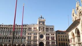 Ο πύργος ρολογιών στη Βενετία απόθεμα βίντεο