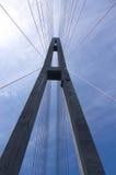 Ο πύργος της καλώδιο-μένοντης γέφυρας Στοκ φωτογραφία με δικαίωμα ελεύθερης χρήσης