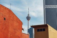 Ο πύργος της Κουάλα Λουμπούρ της Μαλαισίας: Το Menara Κουάλα Lumpu που βραχύνεται ως πύργος KL είναι ένας πύργος επικοινωνιών που Στοκ Εικόνες