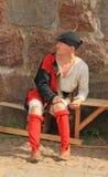 Ο δράστης στο μεσαιωνικό κοστούμι Στοκ Φωτογραφίες