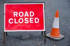 Ο δρόμος έκλεισε το σημάδι στοκ εικόνες με δικαίωμα ελεύθερης χρήσης