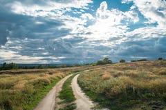 Ο δρόμος για να καλύψει Στοκ φωτογραφία με δικαίωμα ελεύθερης χρήσης