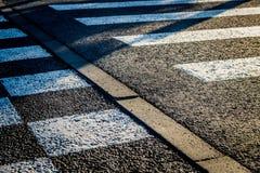 Ο δρόμος κάτω από το φως του ήλιου Στοκ φωτογραφία με δικαίωμα ελεύθερης χρήσης