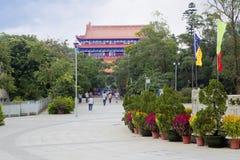 Ο δρόμος στο Po Lin μοναστήρι στο νησί Lantau Χογκ Κογκ Στοκ εικόνα με δικαίωμα ελεύθερης χρήσης