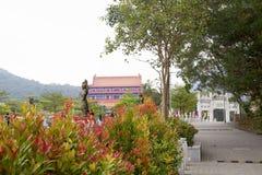 Ο δρόμος στο Po Lin μοναστήρι στο νησί Lantau Χογκ Κογκ Στοκ Εικόνα