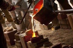 Ο σίδηρος χύνει Στοκ Εικόνες