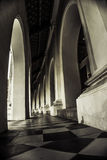 Ο σκοτεινός βουδιστικός ναός Στοκ Εικόνα