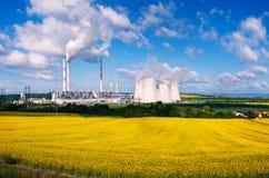 Ο σταθμός παραγωγής ηλεκτρικού ρεύματος Στοκ εικόνα με δικαίωμα ελεύθερης χρήσης
