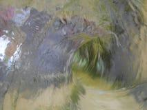 Ο στρόβιλος νερού όπως έναν τρόπο στον άγνωστο με απεικονίζει στοκ φωτογραφία με δικαίωμα ελεύθερης χρήσης