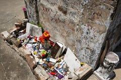 Ο τάφος της Marie Laveau στο νεκροταφείο αριθ. του Σαιντ Λούις 1 στη Νέα Ορλεάνη, Λουιζιάνα Στοκ εικόνα με δικαίωμα ελεύθερης χρήσης