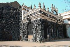 Ο τεχνητός τοίχος σταλακτιτών φιαγμένος από στόκο ασβέστη σε πρόωρο Baro στοκ φωτογραφίες